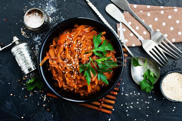 Kool gekruid kom wortelen tomaten knoflook Stockfoto © tycoon