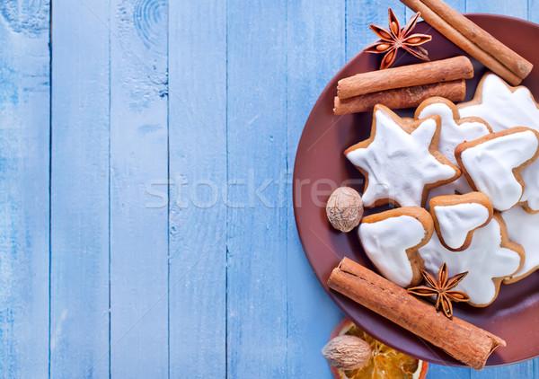 Cookie-uri fundal tort portocaliu tabel Crăciun Imagine de stoc © tycoon