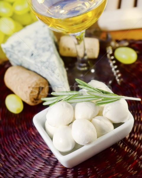 Mozzarella gıda yaprak mavi peynir kırmızı Stok fotoğraf © tycoon