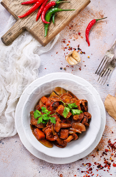 Sült gombák zöldségek paradicsomszósz koktél sárgarépa Stock fotó © tycoon