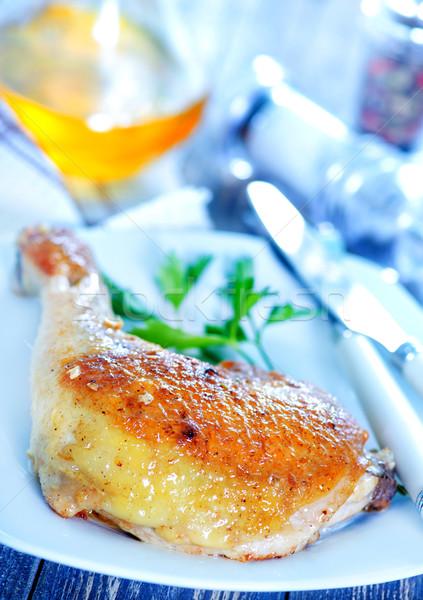 Frango assado em prato tabela madeira restaurante Foto stock © tycoon