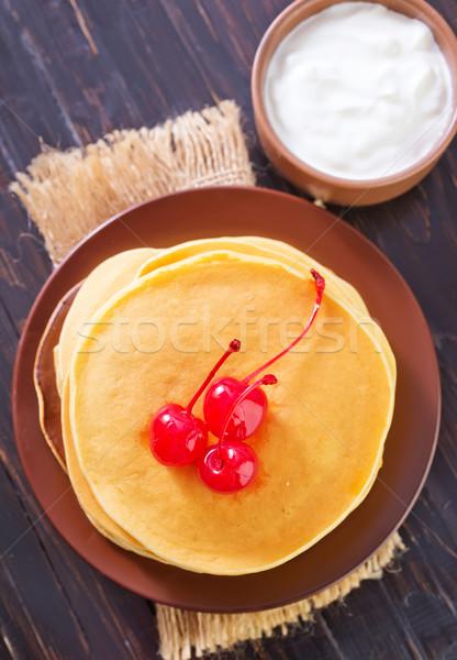 Foto stock: Torta · hojas · placa · oro · almuerzo