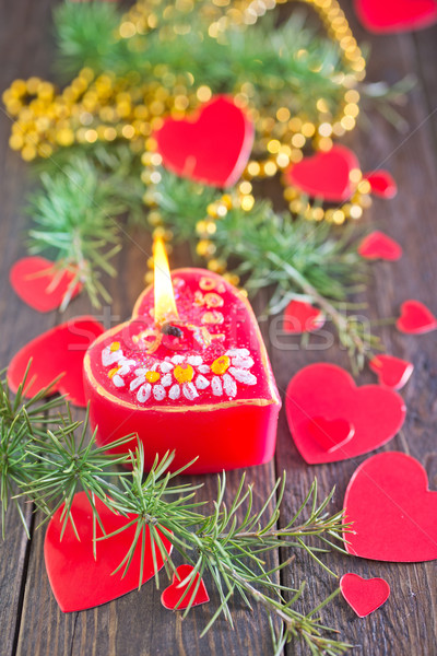 Foto stock: Vela · vermelho · natal · decoração · mesa · de · madeira · árvore