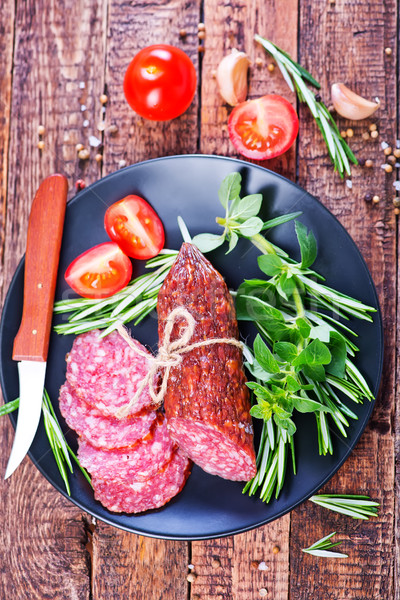 Сток-фото: салями · свежие · пластина · таблице · обеда · жира