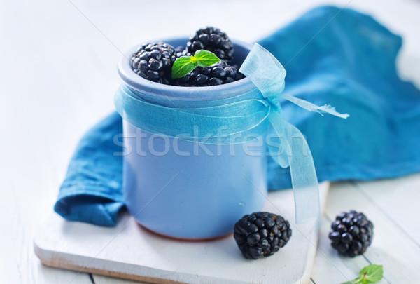 BlackBerry alimentos madera grupo negro taza Foto stock © tycoon