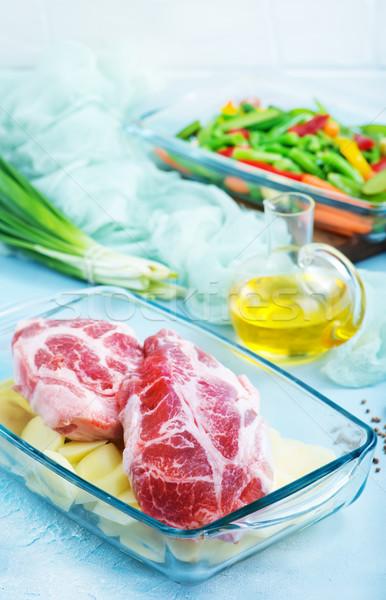 Zöldségek hús tál nyers üveg étel Stock fotó © tycoon