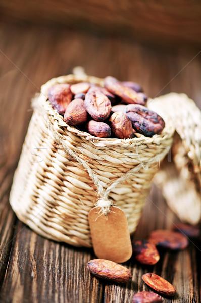 Foto stock: Mesa · de · madeira · vidro · chocolate · planta · comer