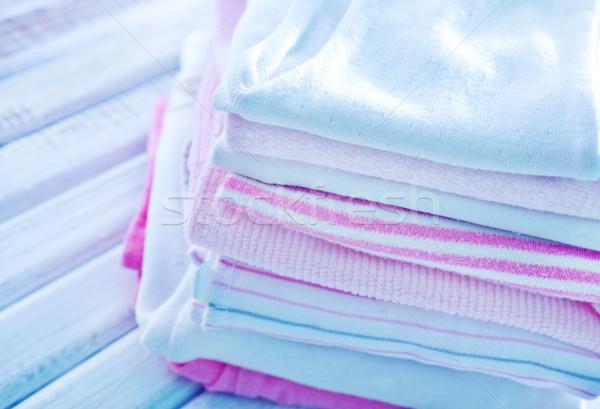 Stok fotoğraf: Bebek · elbise · kız · kalp · beyaz · fırçalamak
