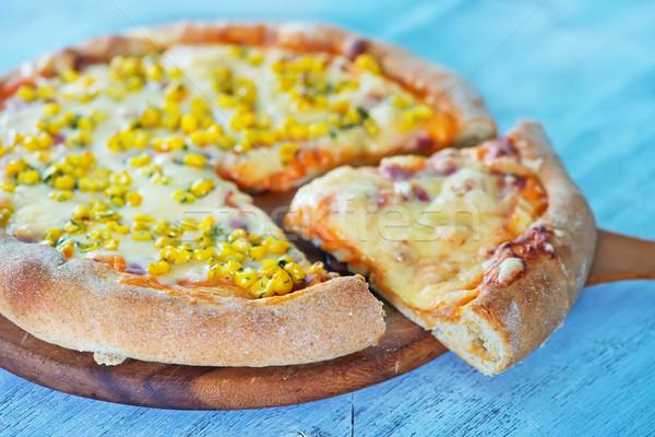 新鮮な ピザ チーズ トウモロコシ ボード 背景 ストックフォト © tycoon