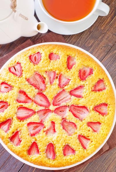 Pizza pite eper gyümölcs desszert friss Stock fotó © tycoon