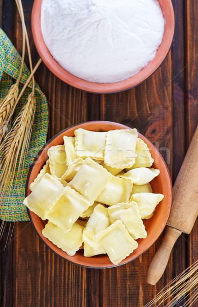 Ravioli brut farine table famille cuisine Photo stock © tycoon