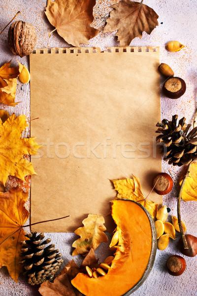 Stok fotoğraf: Sonbahar · kuru · yaprakları · kâğıt · tablo · stok