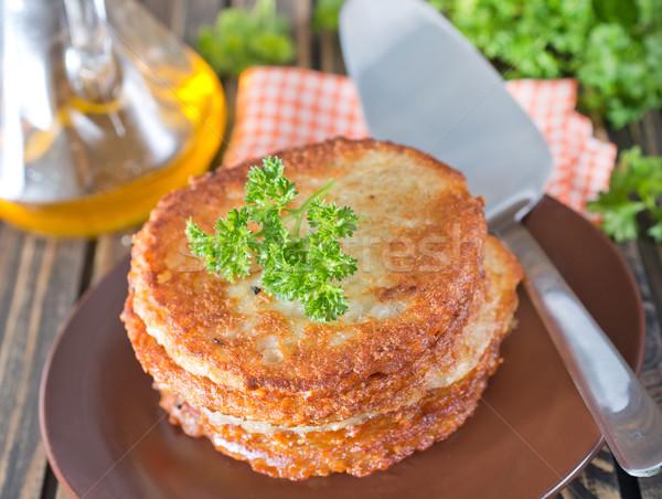Aardappel pannenkoeken plaat tabel voedsel keuken Stockfoto © tycoon