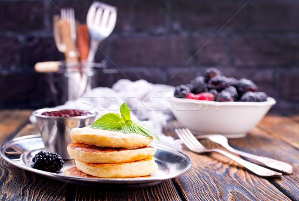 Stockfoto: Pannenkoeken · zoete · bessen · plaat · voedsel · hout