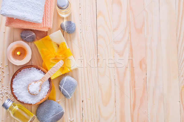 Sal marina jabón toallas primavera aumentó spa Foto stock © tycoon