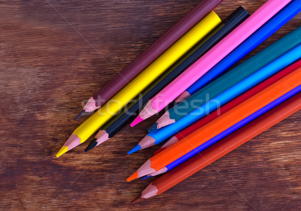 Kleur potloden houten tafel kantoor textuur school stockfoto yana gayvoronskaya - Kantoor houten school ...