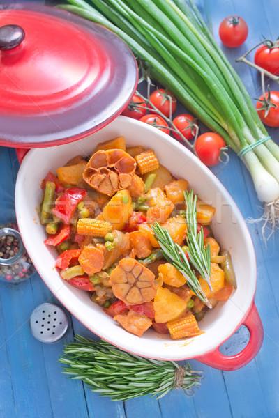 Gebakken vlees groenten voedsel hout keuken Stockfoto © tycoon