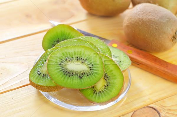Frescos kiwi alimentos desierto mesa verde Foto stock © tycoon
