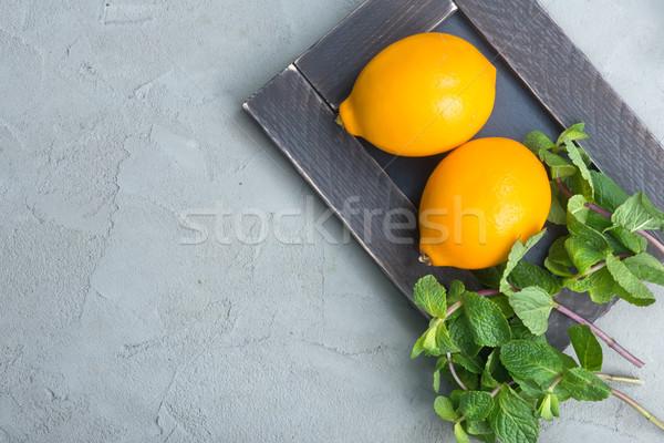 Zitrone mint frischen Tabelle Essen Hintergrund Stock foto © tycoon