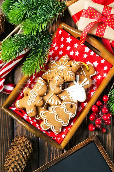 Gember cookies christmas tabel gelukkig achtergrond Stockfoto © tycoon