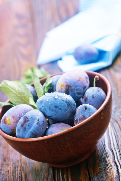 fresh plums Stock photo © tycoon