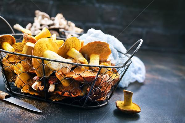 Ruw champignons mand tabel hout natuur Stockfoto © tycoon