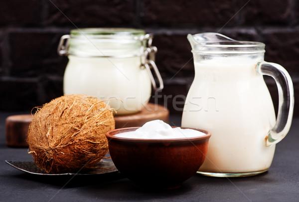 Coco mesa de madeira cor escuro fresco semente Foto stock © tycoon