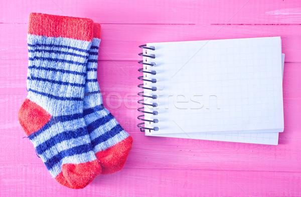 Baby sokken roze houten tafel meisje textuur Stockfoto © tycoon