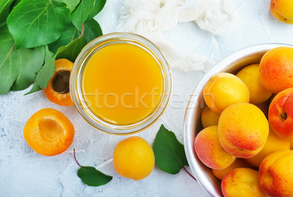 Abricot jus verre fraîches alimentaire fruits Photo stock © tycoon