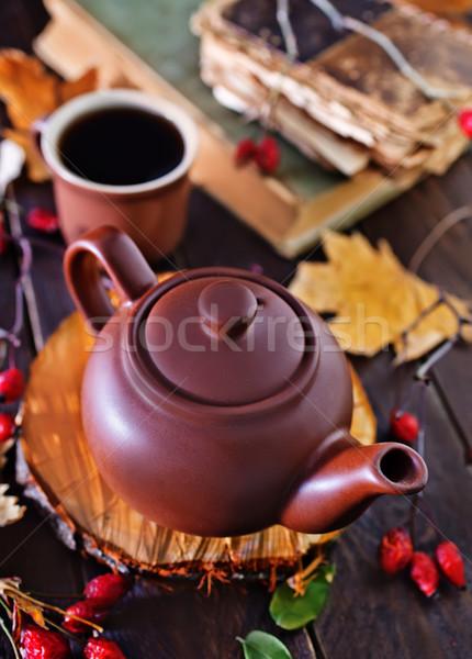 Taze çay demlik tablo kitap Stok fotoğraf © tycoon
