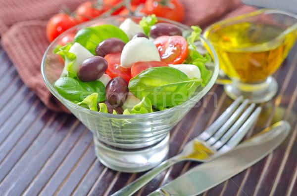 Caprese meyve yağ salata domates beyaz Stok fotoğraf © tycoon