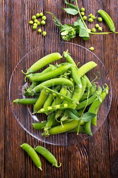 商業照片: 綠色 · 豌豆 · 盤 · 表 · 食品 · 葉