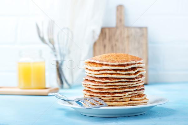 Pannenkoeken zoete plaat tabel voedsel achtergrond Stockfoto © tycoon