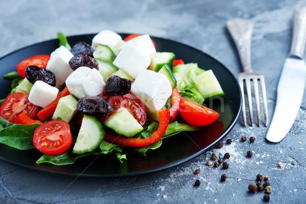 Grieks salade plaat tabel brood kaas Stockfoto © tycoon