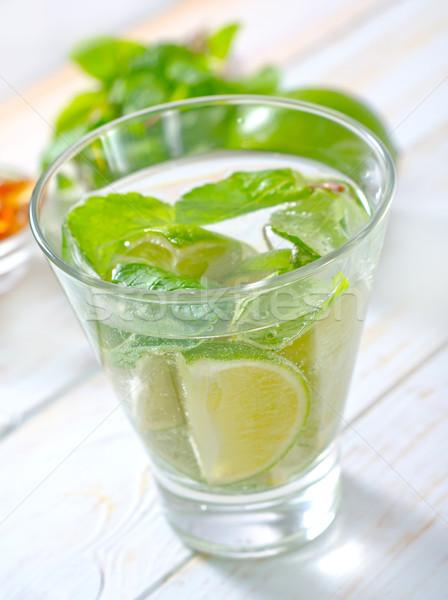 Mojito partij glas tabel cocktail citroen Stockfoto © tycoon