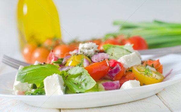 Grec salade feuille fromages rouge plaque Photo stock © tycoon