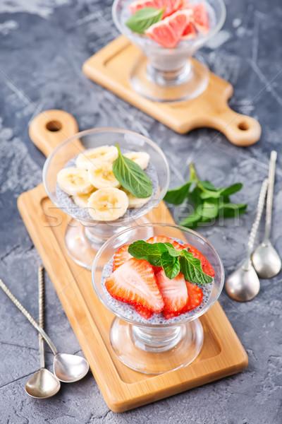 Sivatag gyümölcs puding friss gyümölcs háttér asztal Stock fotó © tycoon