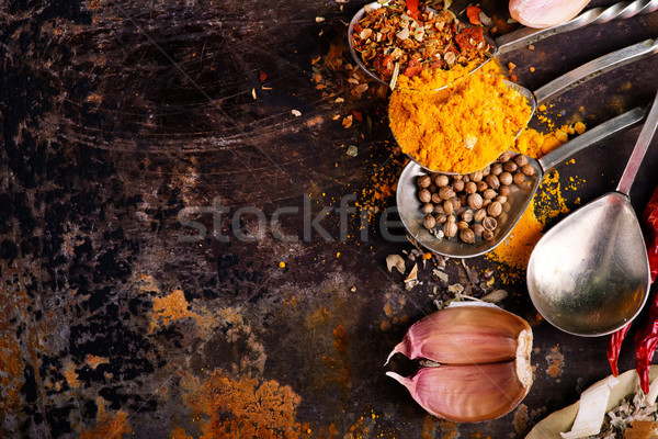 Lezzet baharat kaşık tablo kırmızı renk Stok fotoğraf © tycoon