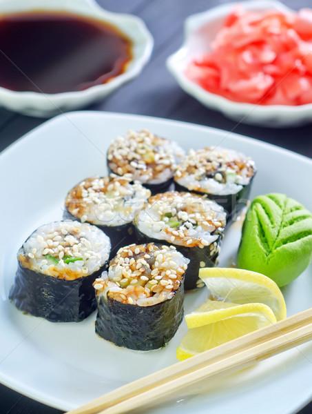 Sushis poissons plaque japonais poivre riz Photo stock © tycoon
