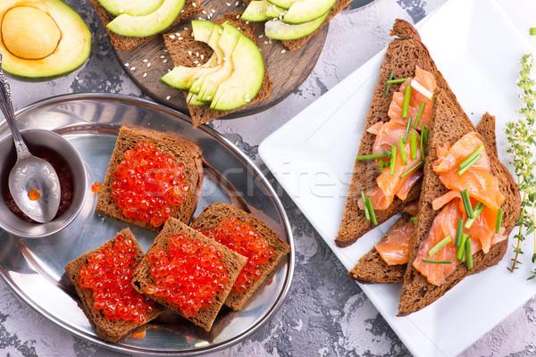 Pan rojo salmón caviar mesa agua Foto stock © tycoon