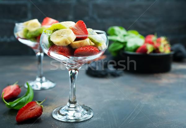 Vruchtensalade glas vers vruchten dieet voedsel Stockfoto © tycoon