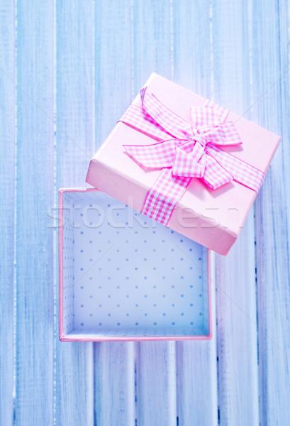 Kutu sunmak kâğıt düğün sevmek ahşap Stok fotoğraf © tycoon