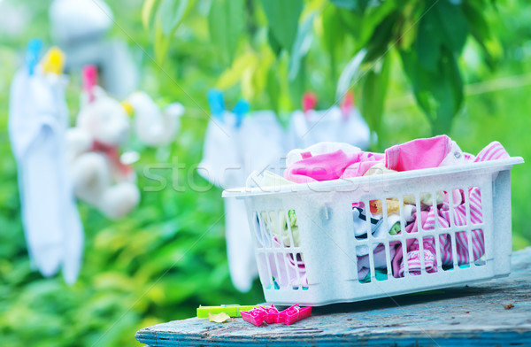Foto d'archivio: Baby · vestiti · giardino · famiglia · bambino · shopping
