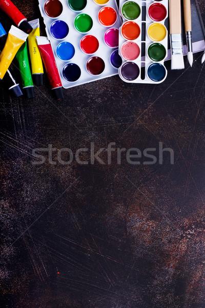 Schoolbenodigdheden tabel voorraad foto school verf Stockfoto © tycoon