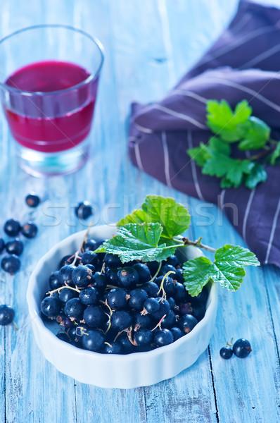 Siyah frenk üzümü taze çanak tablo gıda Stok fotoğraf © tycoon
