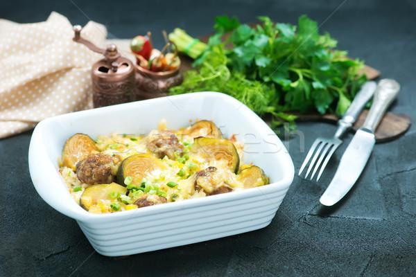 Zöldségek húsgombócok sült tál étel vacsora Stock fotó © tycoon