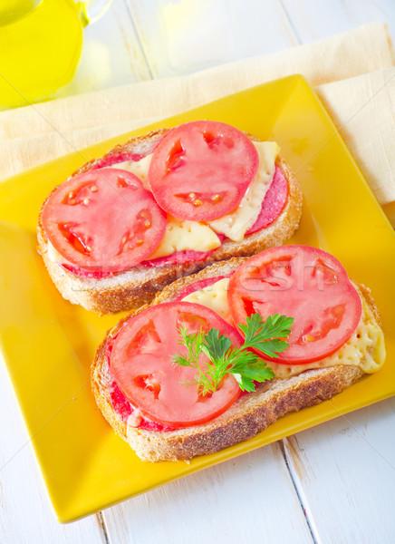 ストックフォト: パン · チーズ · トマト · 木材 · 表 · 朝食