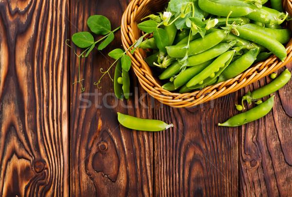 Groene erwten mand tabel gezondheid salade Stockfoto © tycoon