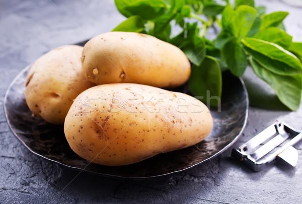 raw potato Stock photo © tycoon