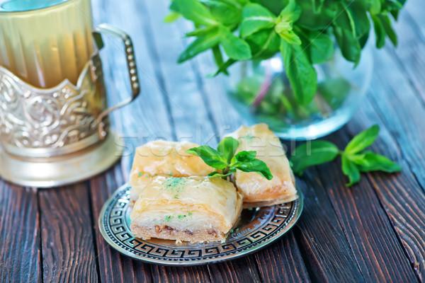 Türk çöl tatlı bal fındık kek Stok fotoğraf © tycoon